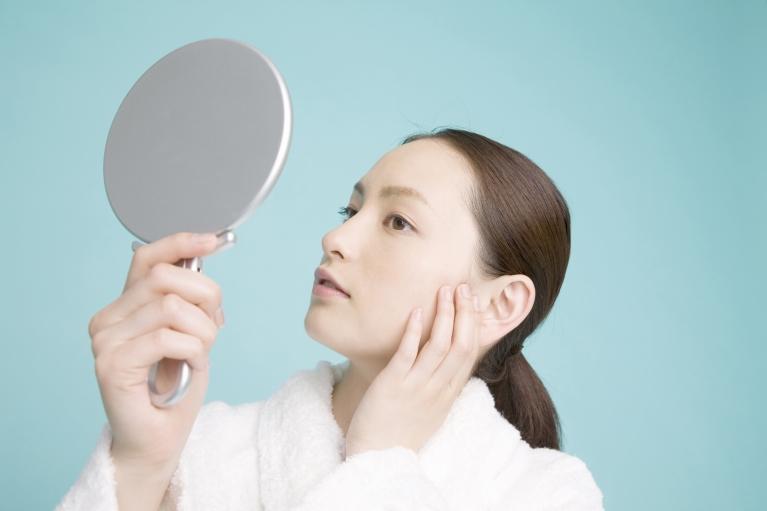お顔の皺が気になる方